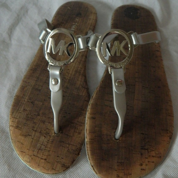 1d8be33dc MICHAEL Michael Kors Shoes - MICHAEL KORS WOMEN Flip Flops Thong Sandal  Shoes